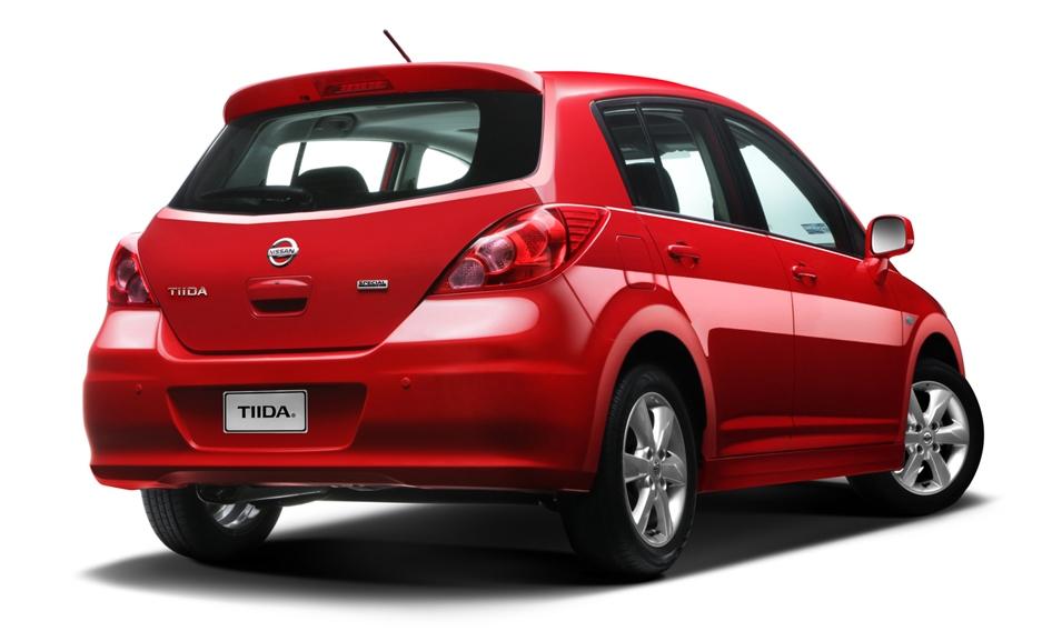 Club Nissan Tiida Mexico Facebook   Autos Weblog
