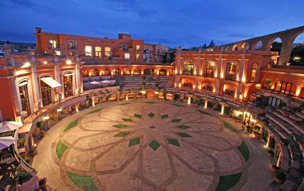 10 unique hotels around the world ye kya chutiyapa hai for Unique hotels in the world
