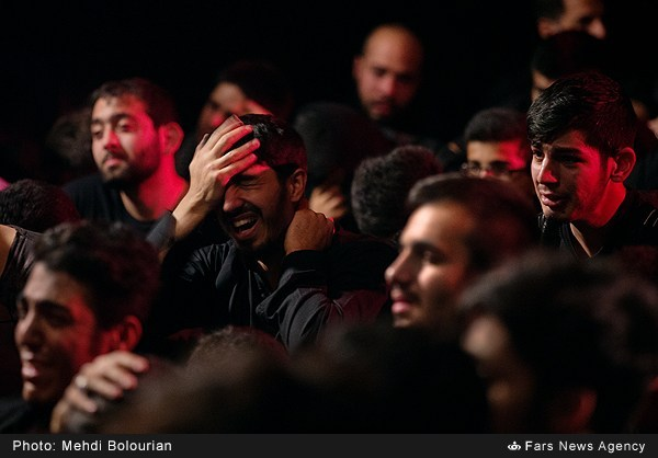 Mourning of Son of Ali (Hussein a.s) in Iran, now a days continues... as its starts from 1st of Muharram and will end after 40 days. During these days many Iranian Muslims take out processions on road to mourn on the tragedy of Karbala.