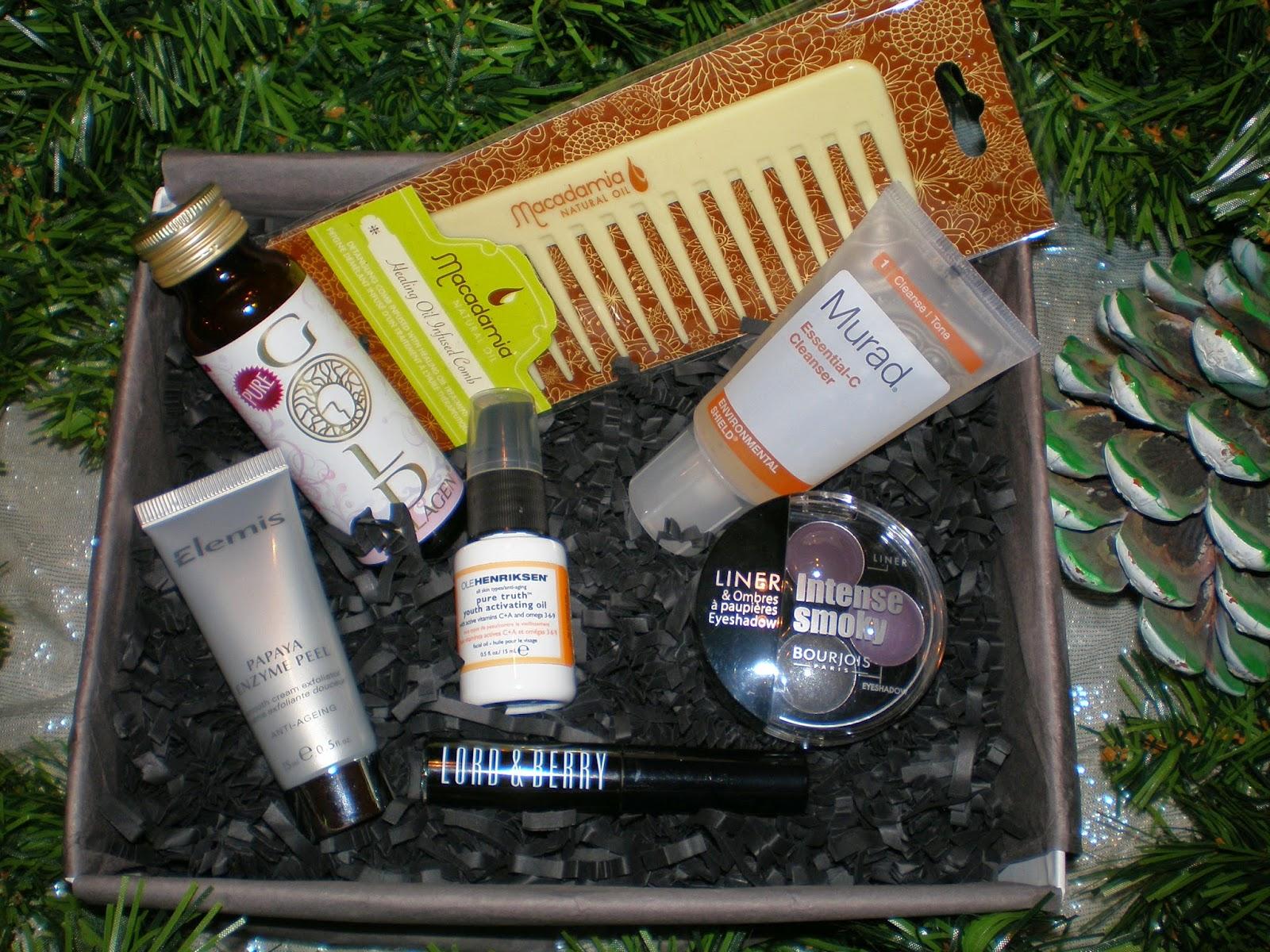 Unboxing Lookfantastic December box