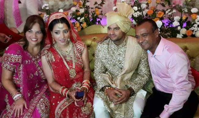 Ammy Virk And His Wife Pics | newhairstylesformen2014.com