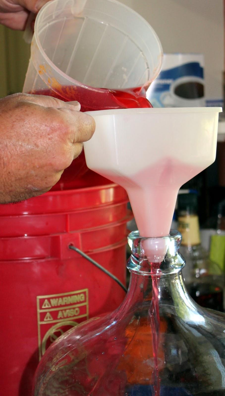 Изготовление спирта в домашних условиях из сахара