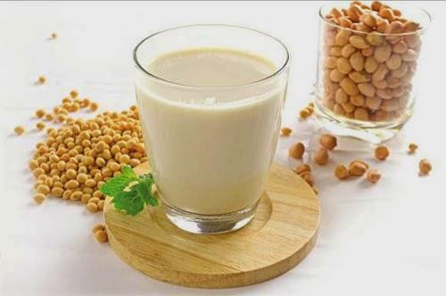 Giảm cân sau sinh với sữa đậu nành
