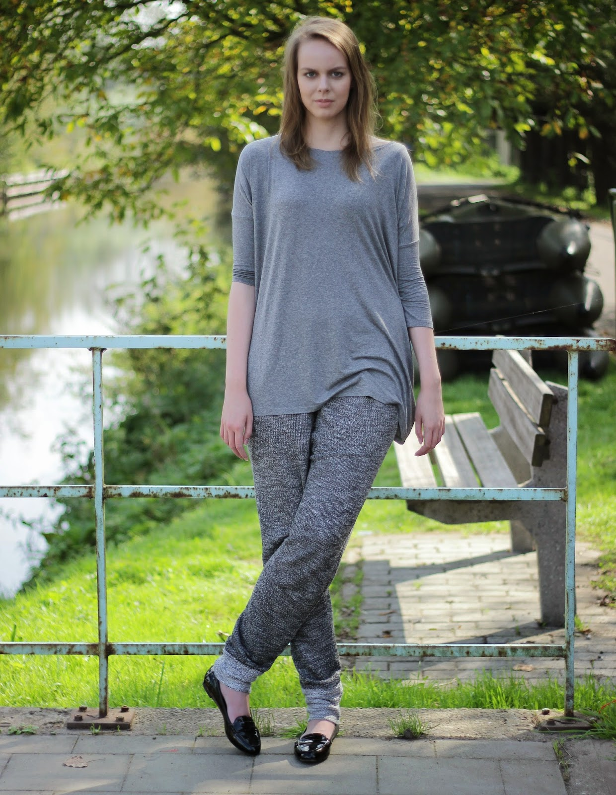 outfit jogger trousers