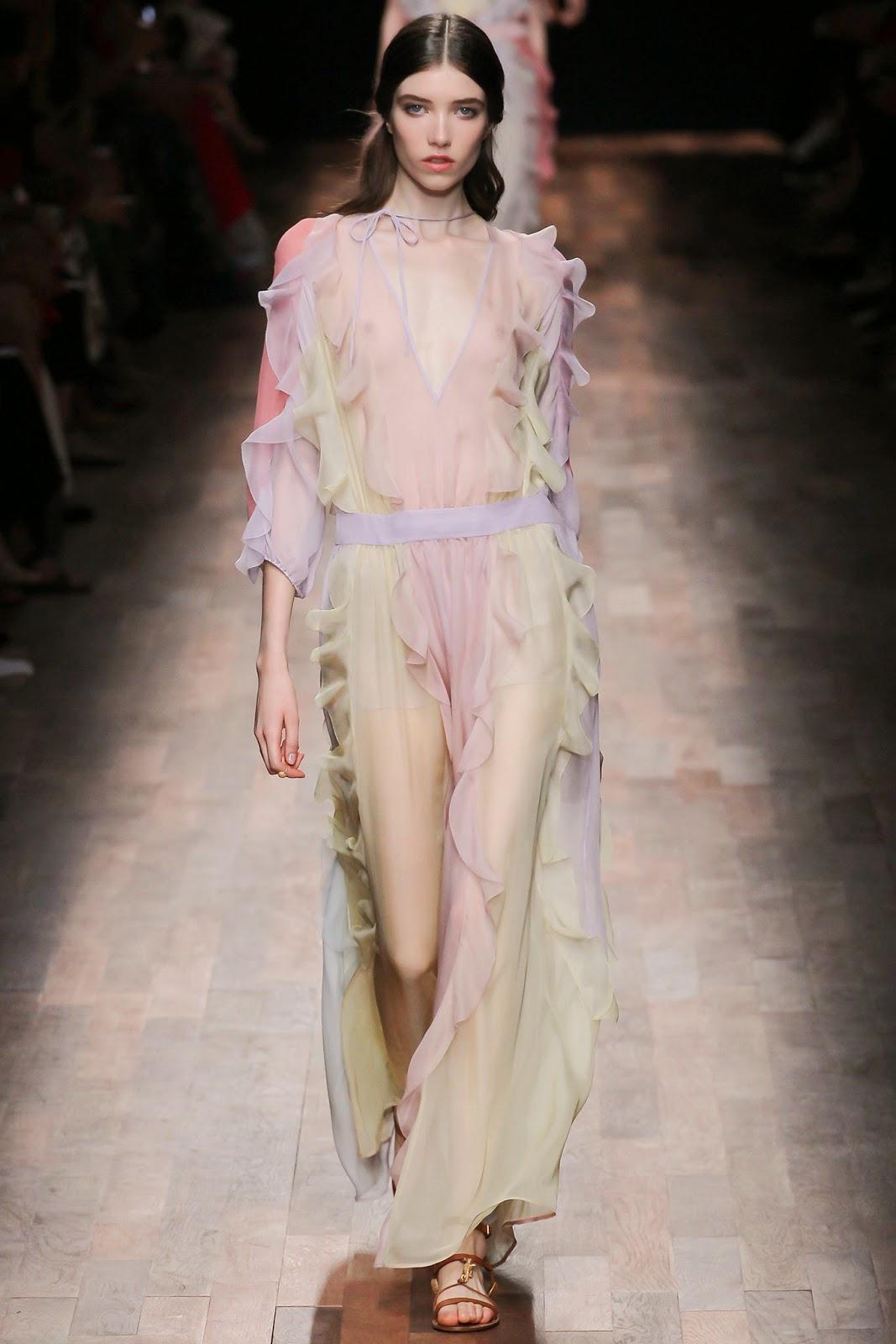 valentino 2015 summer 2016 trend women dress43 Valentino 2015 samling, våren sommaren 2016 Valentino klänning modeller, Valentino kväll klänning nya säsongen kvinnors kjolar modeller