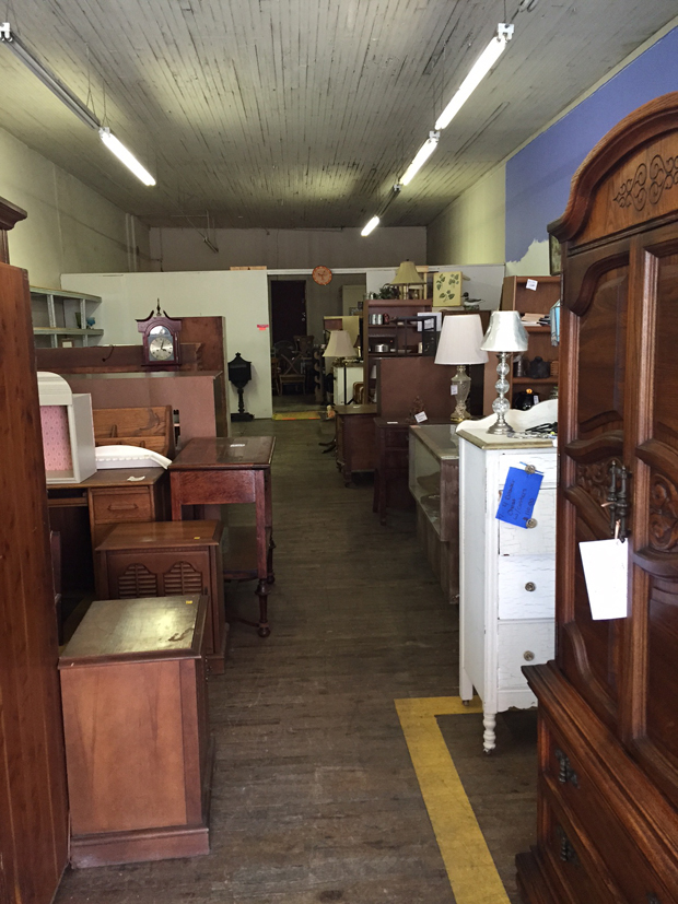 Sarah m dorsey designs my go to thrifting stores for Affordable furniture knoxville tn