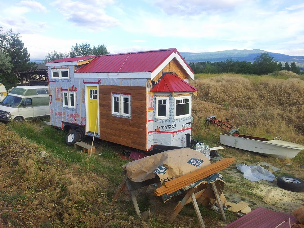 The tiny okanagan life getting ready to move for Small house design kelowna