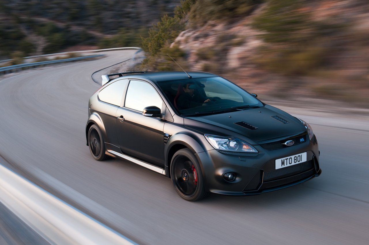 Sports cars 2015 2013 ford focus rs hot hatches