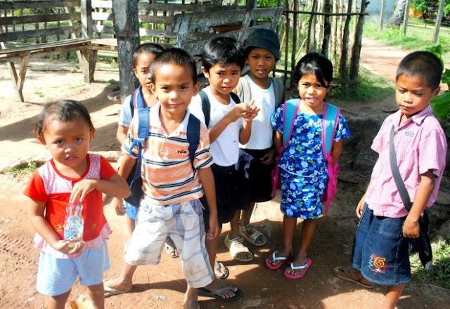 Children of Nacpan Calitang El Nido