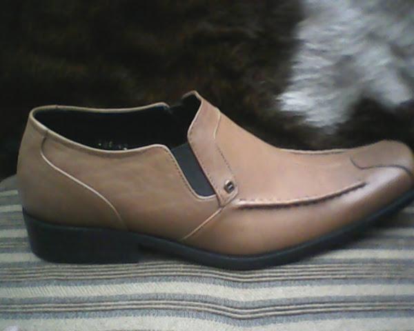 ... sepatu aigner yang bagus 720b29e22b