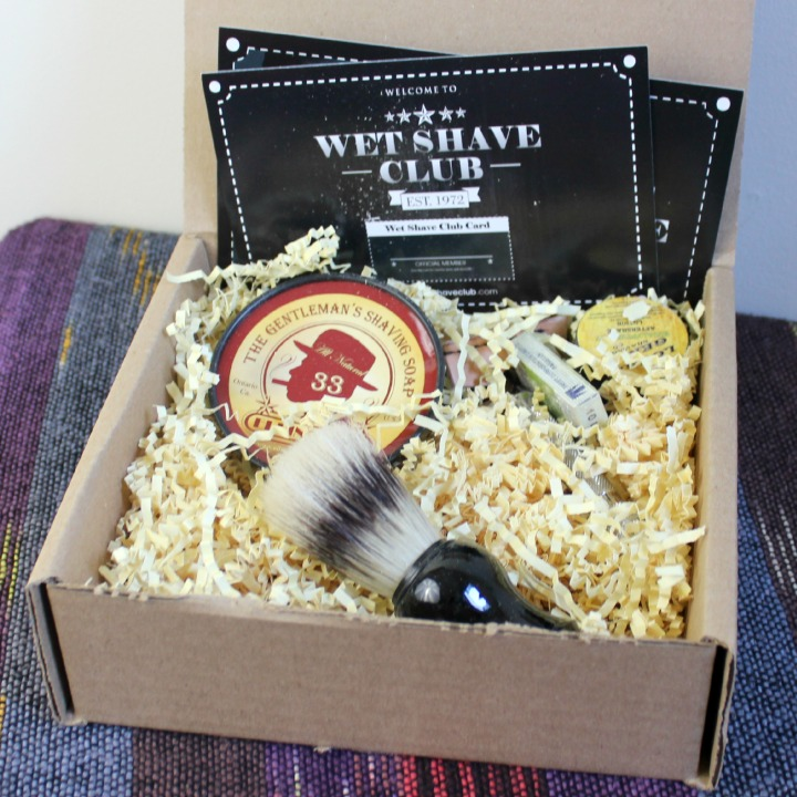 Review & Unboxing of the Wet Shave Club Starter Box into first box