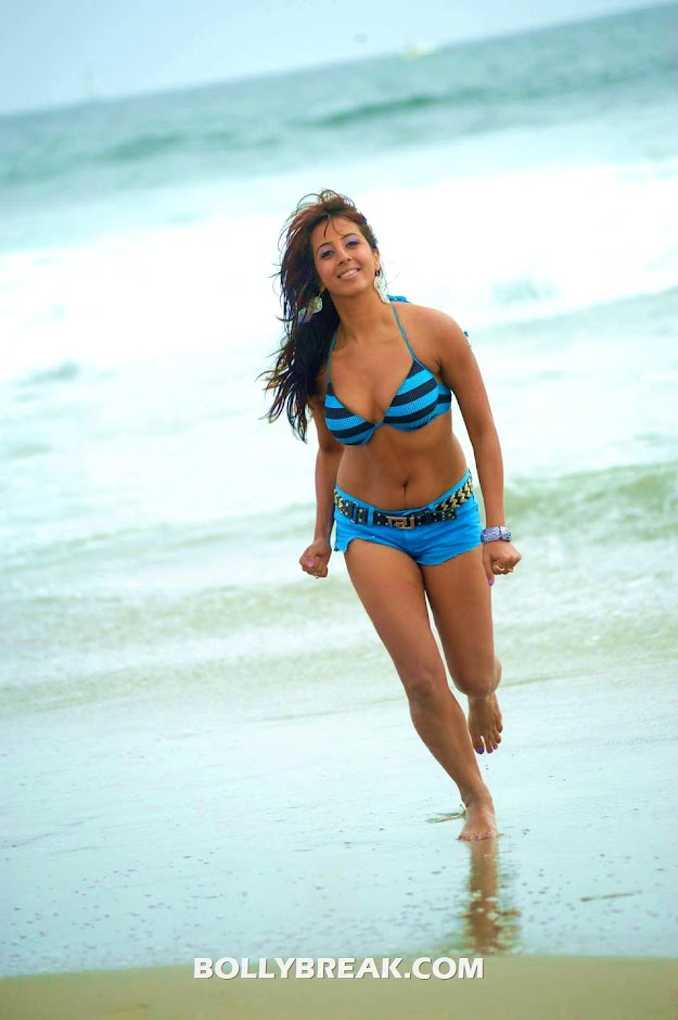 Sanjana in blue bikini - Sanjana in bikini on Beach - Yamaho Yama Movie Stills