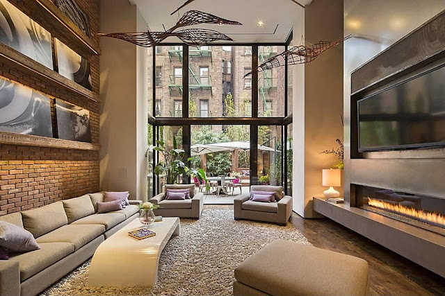 Living Room Of New York's Modern Townhouse With Loft Design