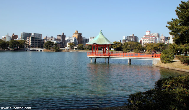Pabellón japonés en el Parque Ohori