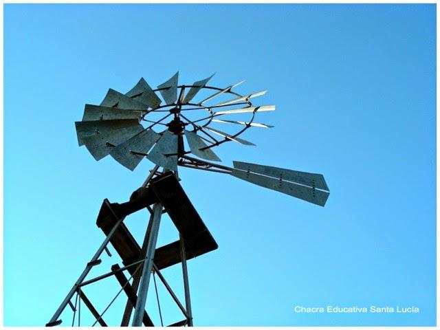 Molino de viento - Chacra Educativa Santa Lucía