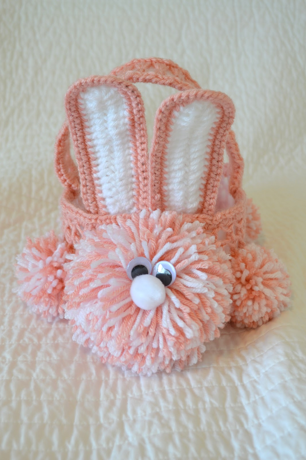 Crochet Easter Basket : All Things Bright and Beautiful: Crochet Easter Bunny Basket