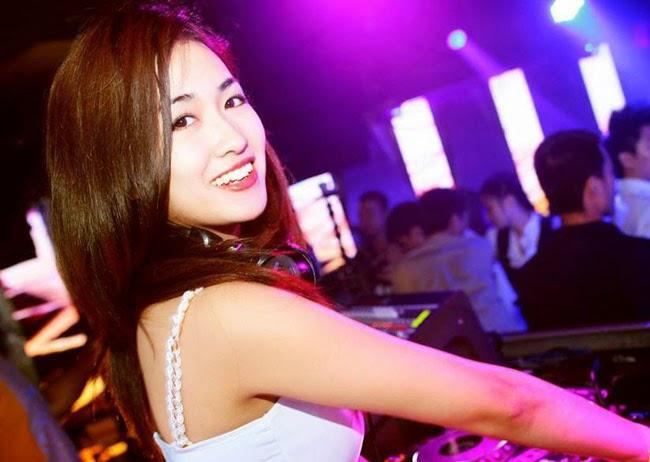 Nữ DJ việt xinh đẹp cuốn hút