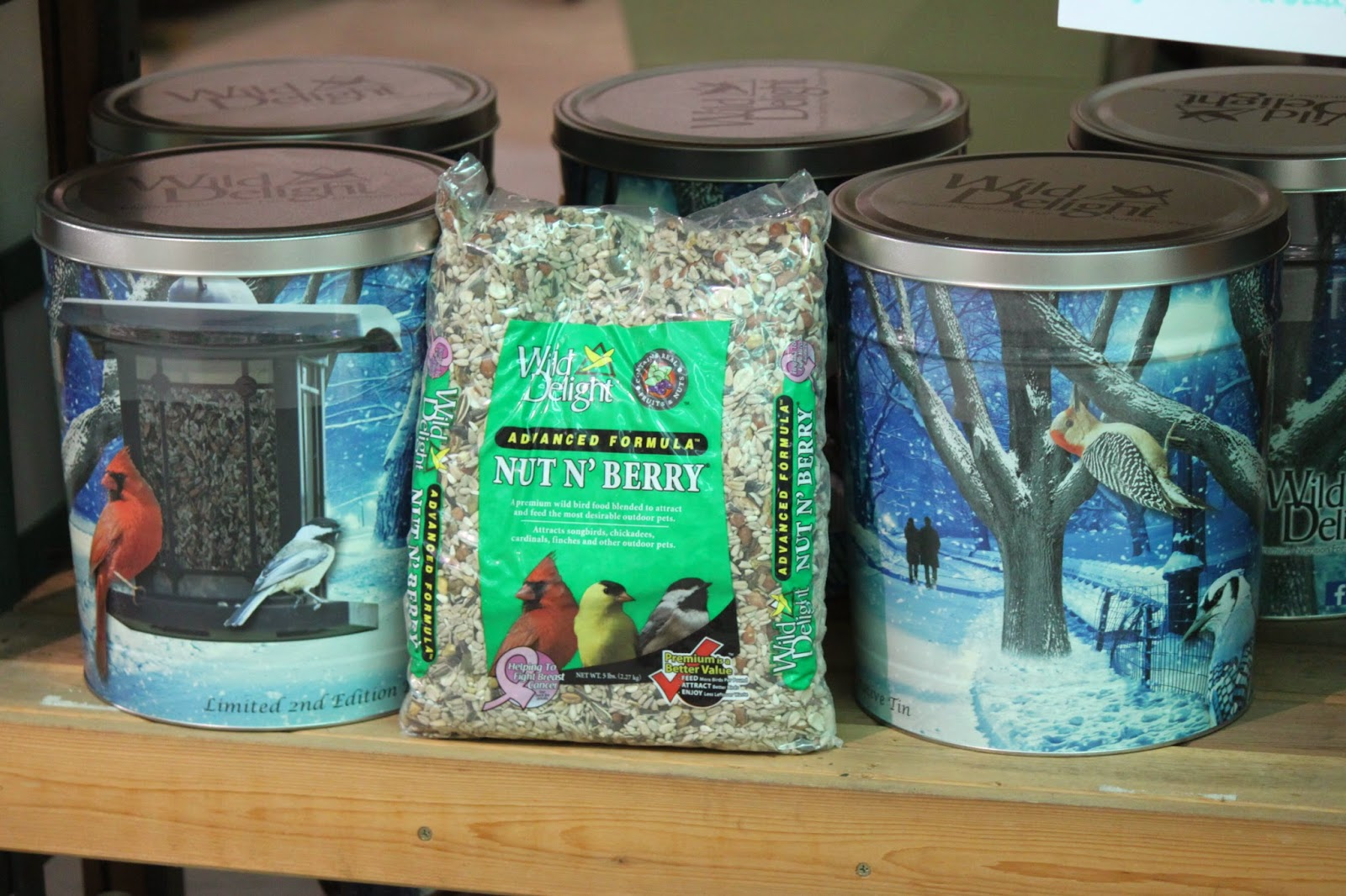Savannah\'s Secret Gardens: Great Gifts for the Bird Lovers in your life!