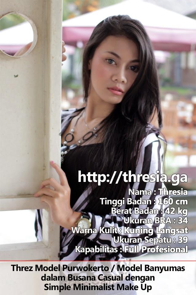 Threz Model Purwokerto / Model Banyumas dalam Busana Casual dengan Simple Minimalist Make Up