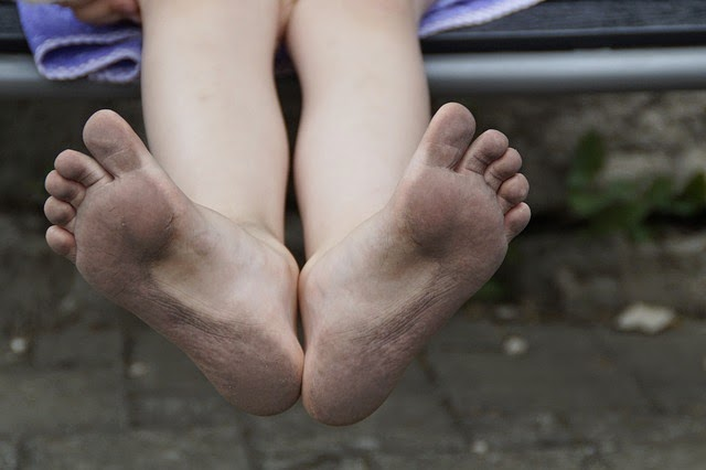 dirty feet