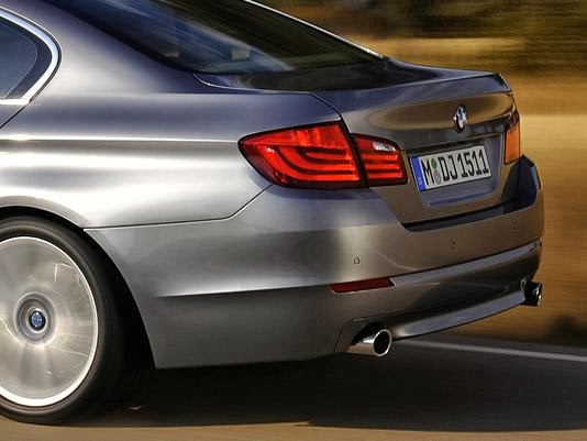 BMW recalls 134, 100 5 Series sedans