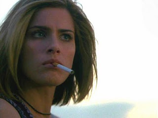 amanda peet smoking
