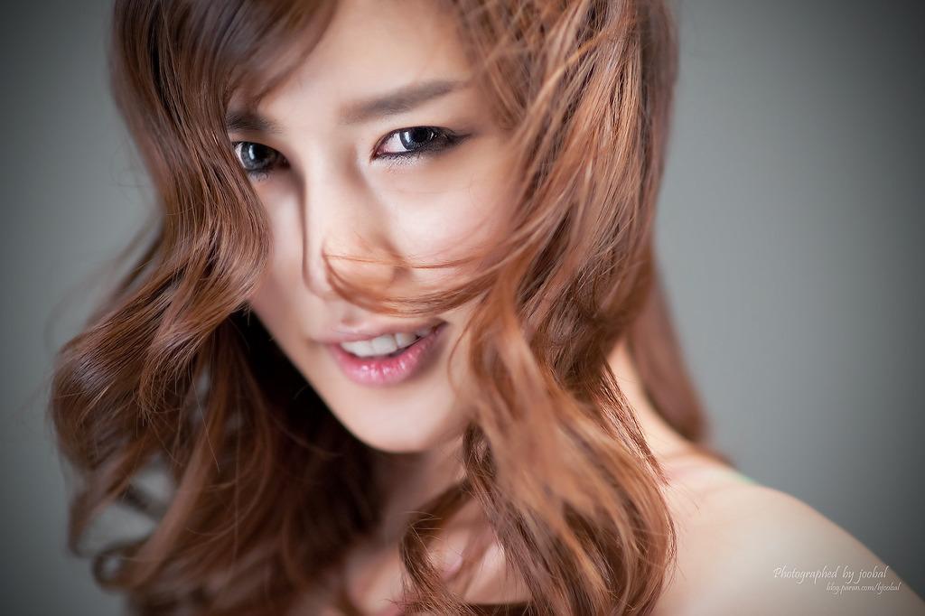Song Ji Na