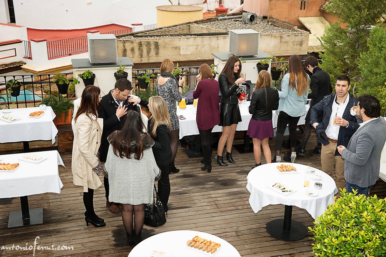 Jornadas por los pelos peluqueros en sevilla p rpora porpita - Terraza hotel eme ...