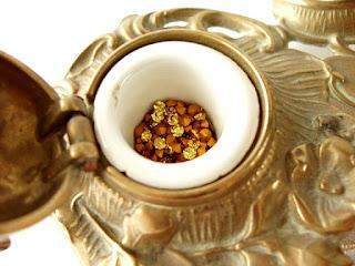 Swarovski Light Topaz rhinestones with gold foiling