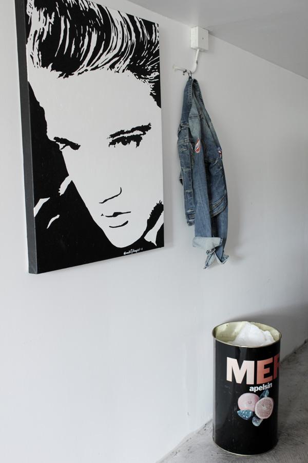 elvis tavla, svart och vitt, canvas elvis, elvis presley, inredning garaget, jeansjacka, papperskorg mer, mer apelsin, reklam papperskorg