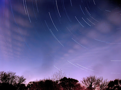 star trails, night sky, long exposure