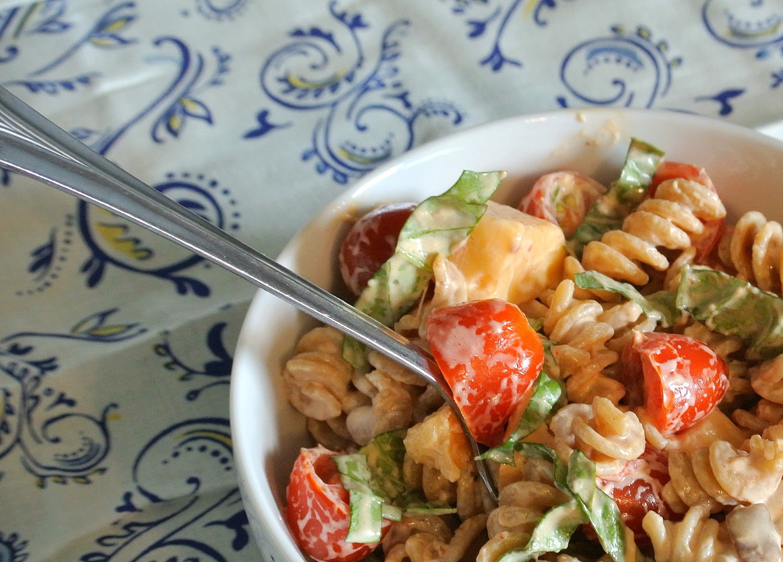 ... : Spicy Chicken Pasta Salad with Smoked Gouda, Tomatoes, and Basil