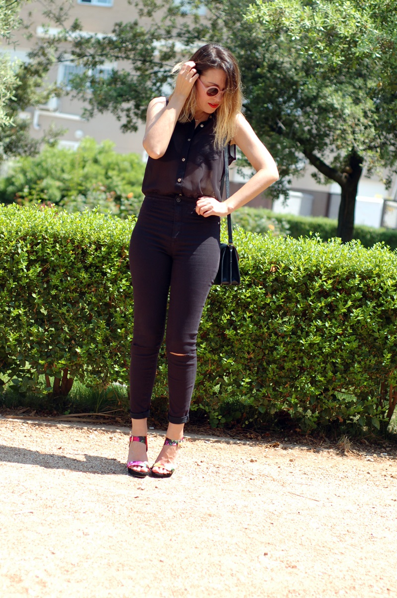 littledreamsbyr tropical sandals and black outfit