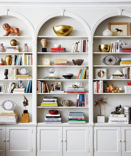 built in arch shelving/ shelf styling