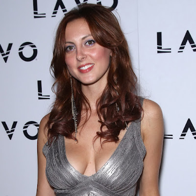 Eva Amurri big boobs and ass in tight dress in her Bachelorette Party in Vegas