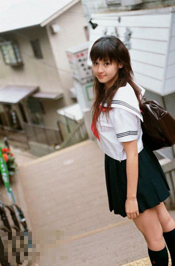 Foto Cantik Anak SMA Seluruh Dunia