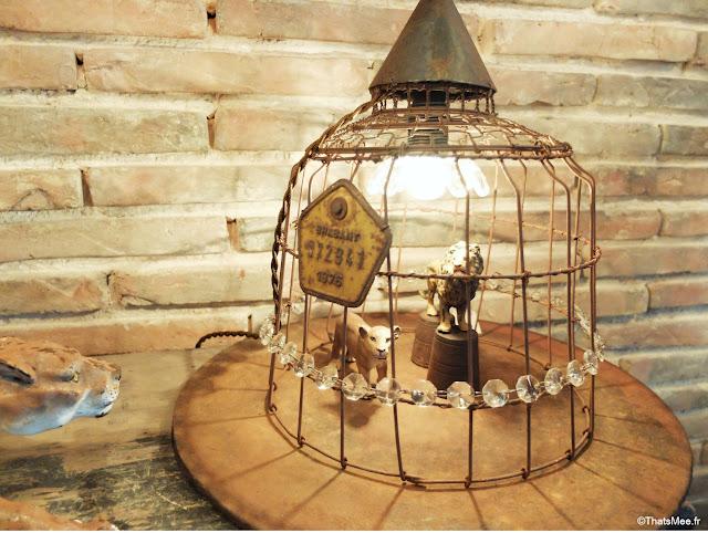 boutique Metamorphose Bois Métal Lumière Bellême création lumineuse lampes poétiques