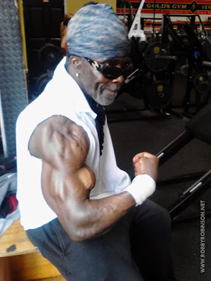 ROBBY ROBINSON - BICEPS PEAKS AT 67 DURING TRAINING IN GOLD'S GYM VENICE, CA 2013 BUILT- Instructional Double DVD - Robby's philosophy on bodybuilding, training and healthy lifestyle, and his old-school workout approach ▶ www.robbyrobinson.net/dvd_built.php