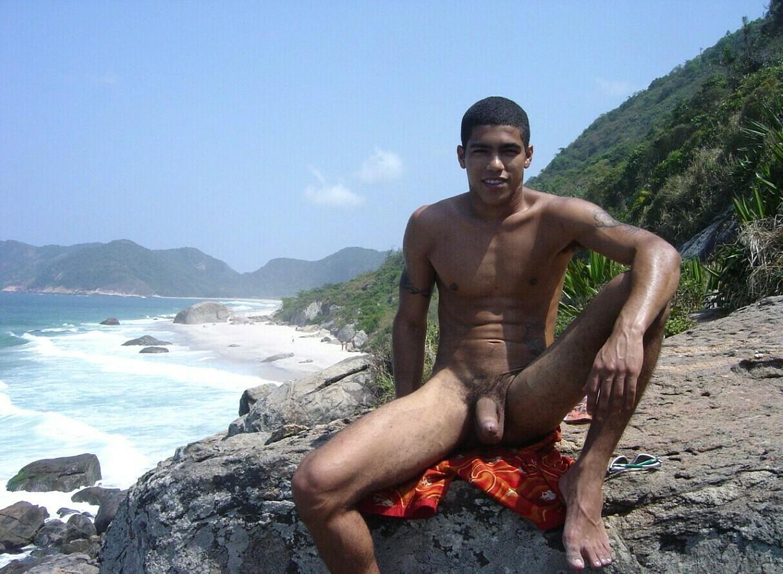 Sitios gay gratis chico desnudo negro