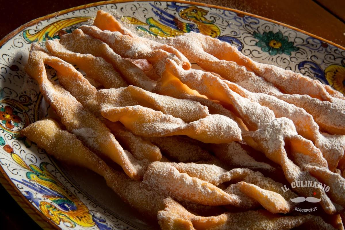 chiacchiere (o crostoli o bugie) di carnevale: la ricetta tradizionale.