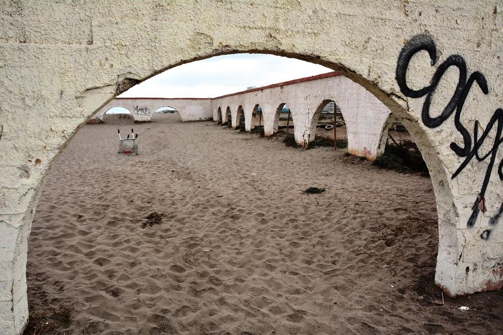 La Serena beach ruins