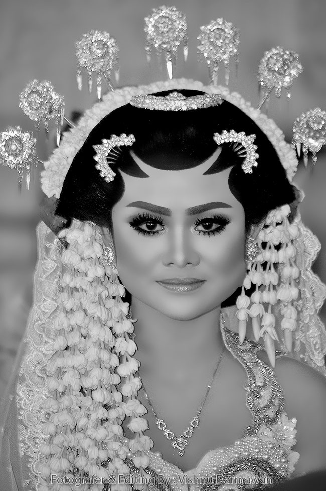 Close Up Wedding : Stella & Yudhis    Foto & Editing By : Vishnu Darmawan