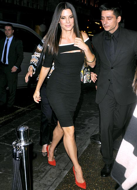 sandra bullock sexy look - photo #36