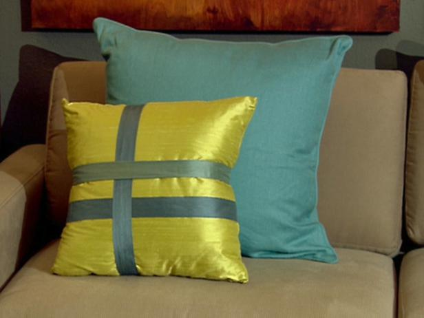 Throw Pillow Method Space Faerie : Veluxe Interiors: Summer Inspirations for the Home