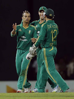 South Africa beat Sri Lanka in first T20