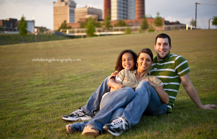 3 Person Family Poses Help Kids Family In Photography On The