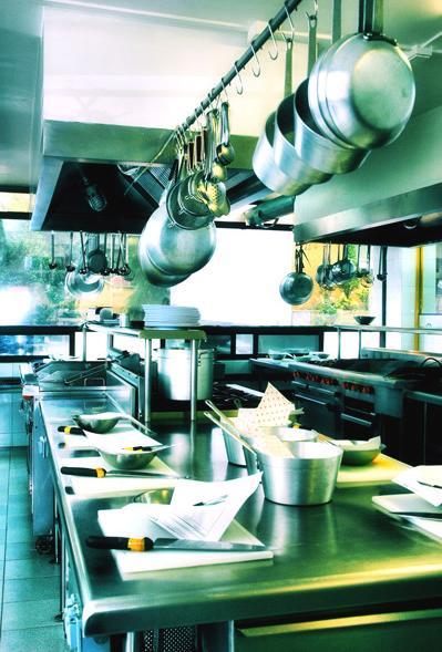 Gastronom a a libreta abierta i utensilios de cocina for Maquinas de cocina