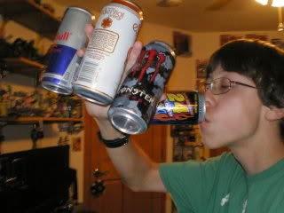 Pijet energjike të rrezikshme për të rinjtë; u shkaktojnë probleme zemre