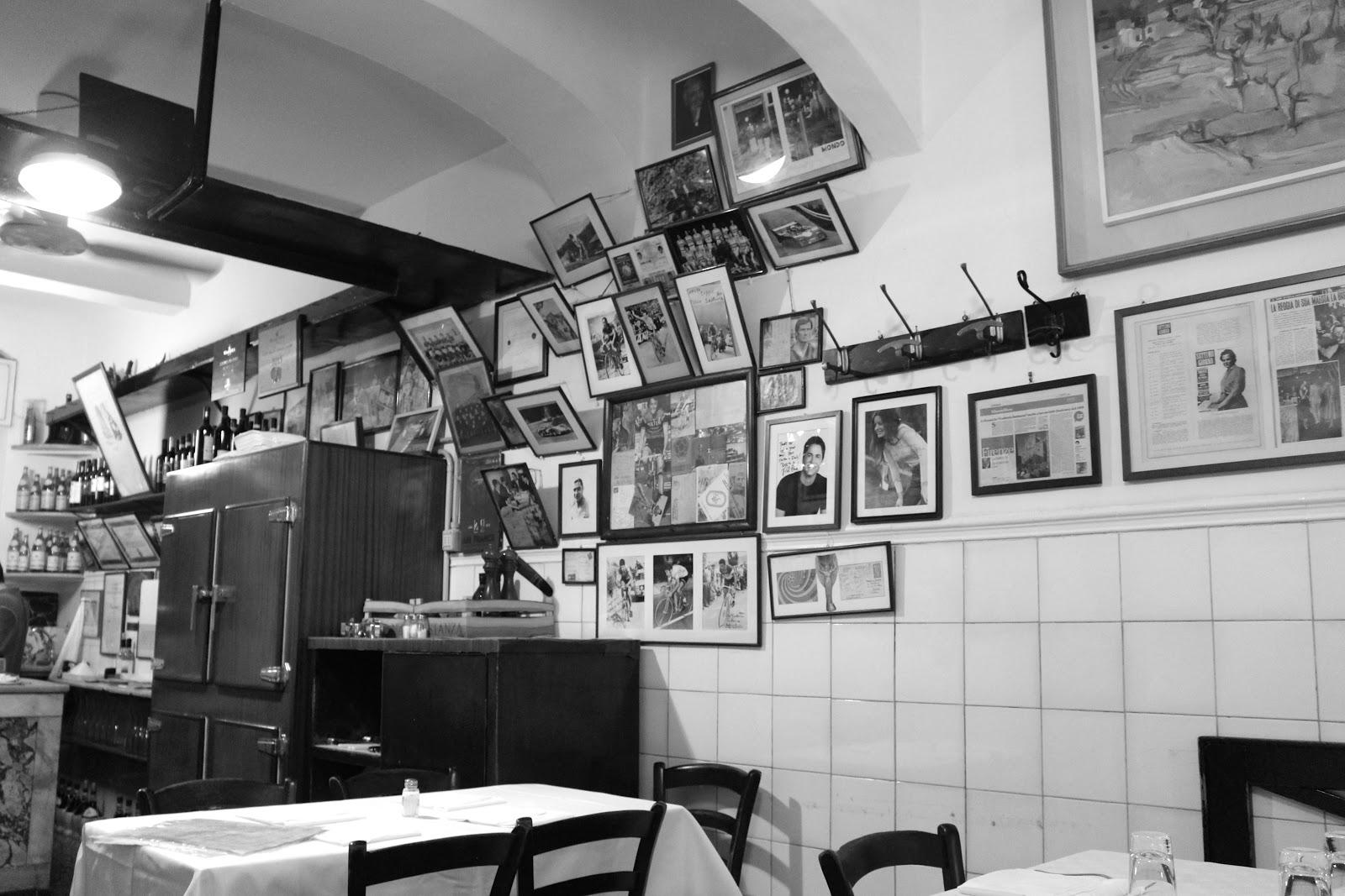 Trattoria Sostanza Firenze interior