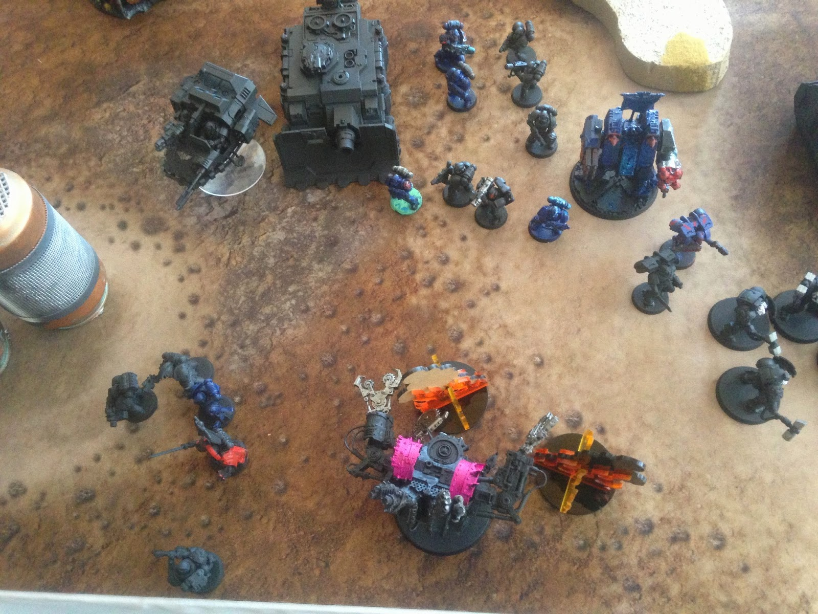 Deff Dread in Trouble, Fighting with a Deff Dread, BAO 2014, Pink Deff Dread